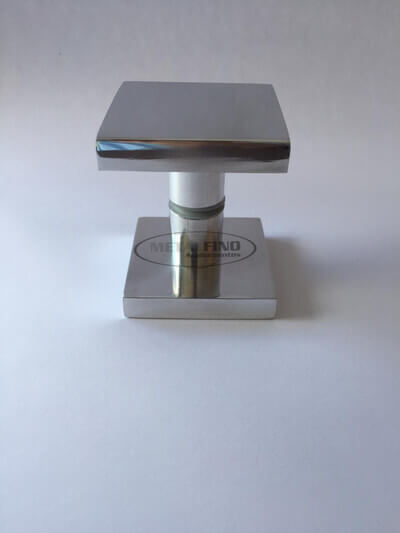 http://www.metalfinoacabamentos.com.br/view/_upload/produto/100/1548700702quadrado-06.jpg