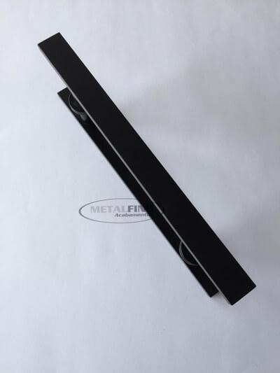 http://www.metalfinoacabamentos.com.br/view/_upload/produto/114/155023262730cm---02.jpg