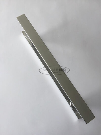 http://www.metalfinoacabamentos.com.br/view/_upload/produto/119/155024668240cm---02.jpg