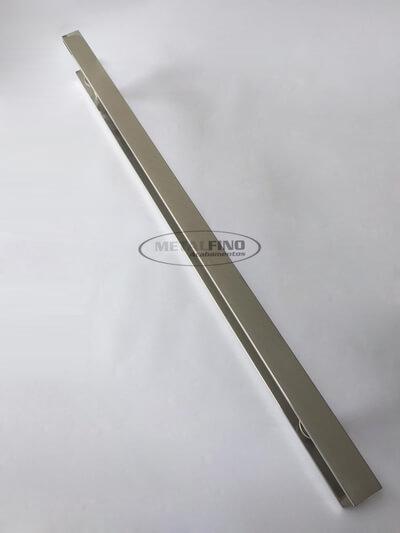 http://www.metalfinoacabamentos.com.br/view/_upload/produto/123/1550491266100cm---2---barra-40x10.jpg