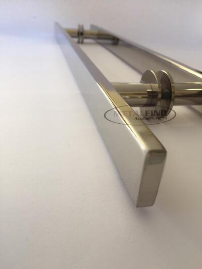 http://www.metalfinoacabamentos.com.br/view/_upload/produto/182/155448849660cm---4-barra-30x10.jpg