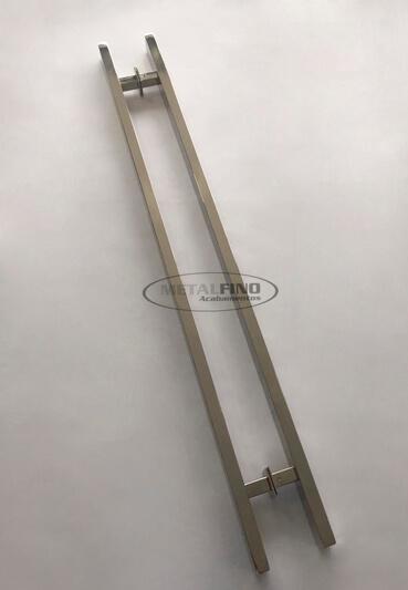 http://www.metalfinoacabamentos.com.br/view/_upload/produto/190/1556542432100cm---1---barra-40x20.jpg