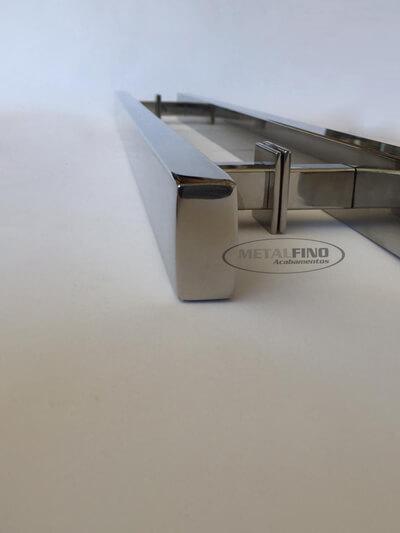 http://www.metalfinoacabamentos.com.br/view/_upload/produto/190/1556542469100cm---3---barra-40x20.jpg