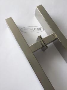 http://www.metalfinoacabamentos.com.br/view/_upload/produto/203/miniD_1566826732100cm---4---barra-40x20.jpg