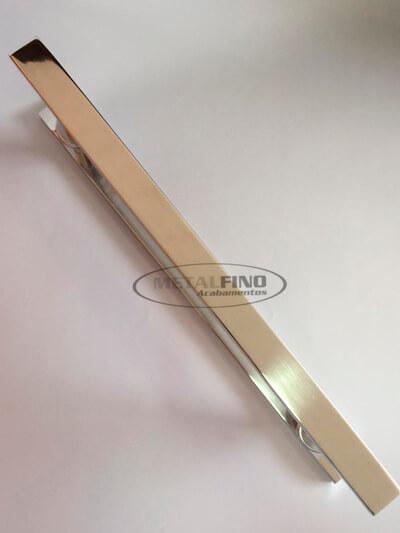http://www.metalfinoacabamentos.com.br/view/_upload/produto/67/154833458940cm---02.jpg