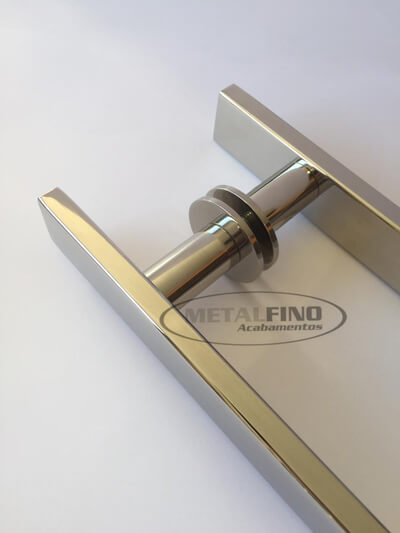 http://www.metalfinoacabamentos.com.br/view/_upload/produto/80/154843256540cm---3---barra-30x10.jpg