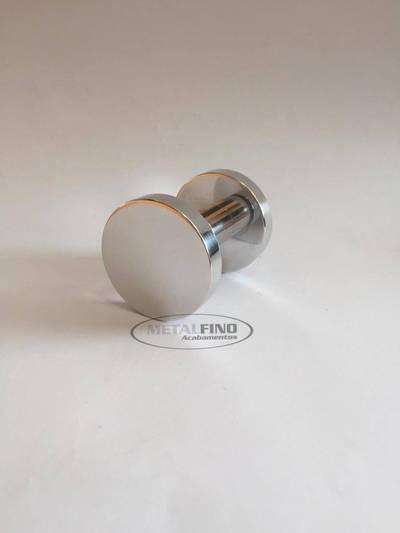 http://www.metalfinoacabamentos.com.br/view/_upload/produto/96/156949840501.jpg