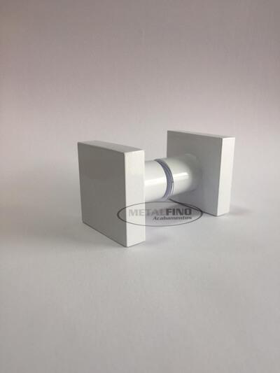 http://www.metalfinoacabamentos.com.br/view/_upload/produto/99/15895616674.jpg